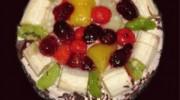 Meyvalı Yaş Pasta
