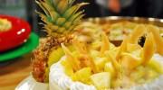 Meyveli İrmik pastası